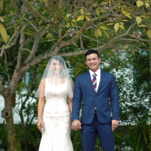 Lionel & Han Ning - Wedding Highlights - The Chapel at Imaginarium Singapore